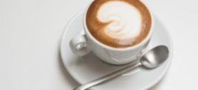 Trink den Cappuccino innert 60 Sekunden